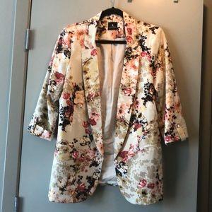 Floral blazer. Jules & Leopold Size Med.